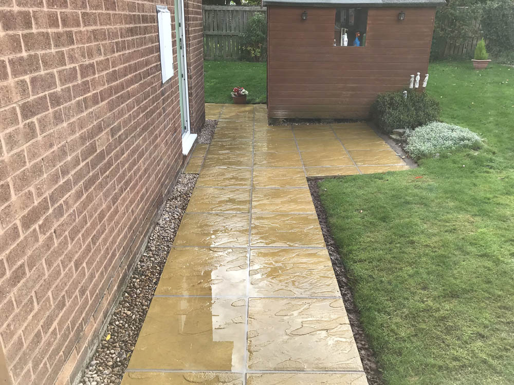 Patios Worksop, Paving Worksop and Slabbing Worksop - Free Quotes and Guarantees